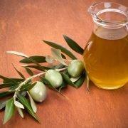 Ist Pflanzenöl das gesündere Fett?